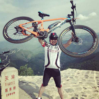 Txed Electric Mountain Bike Riding Test at The Great Wall (日本語訳有)
